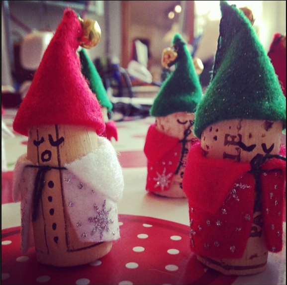 5 Quick and Easy Recycled Home-made Christmas Decorations